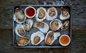 The 10 Best Places for Raw Oysters in St. Louis